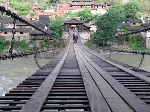 Luding Bridge – An Important Element in History of Chinese Revolution